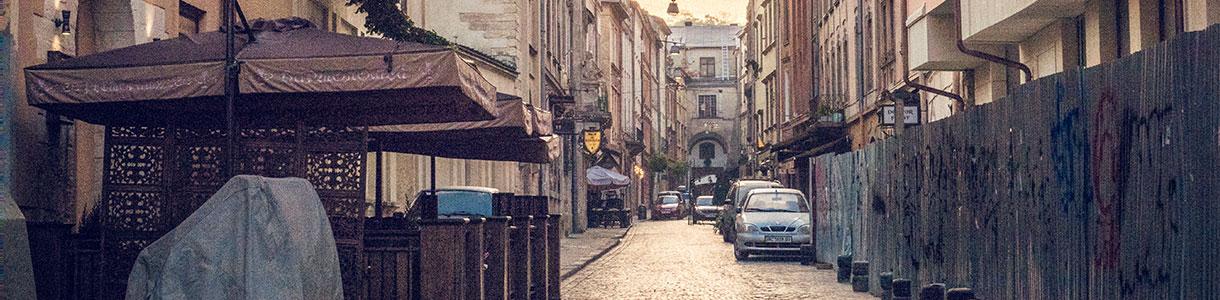 Rent a minibus in Lviv