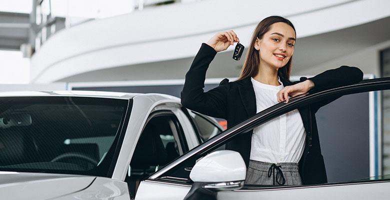 Аренда автомобиля с услугами водителя - когда использовать такое решение?